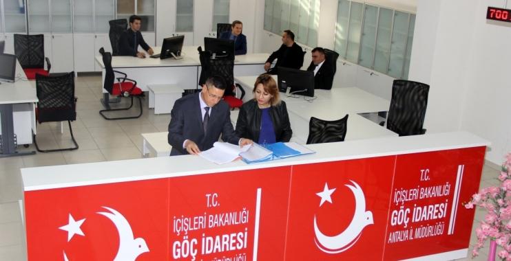 إدارة الهجرة التركية توجه رسالة إلى السوريين والعراقيين 1