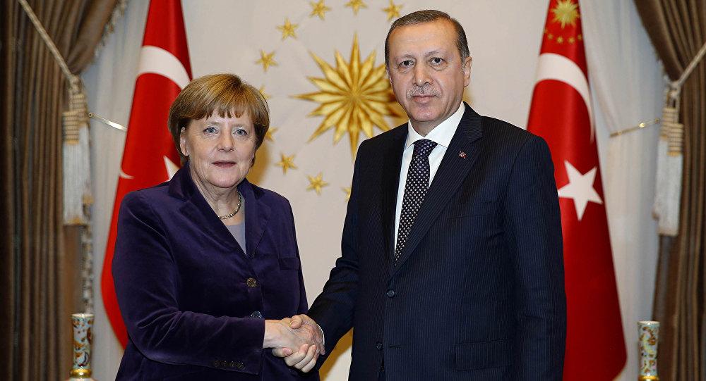 تركيا و ألمانيا يتفقان على مساعدة اللاجئين السوريين وعلى حل الازمة الليبية 8