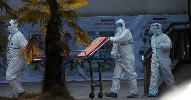 فيروس كورونا يقتل شخصين في إيران 1