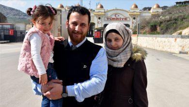 صورة الطفلة سلوى صاحبة الفيديو المشهور تدخل تركيا مع عائلتها