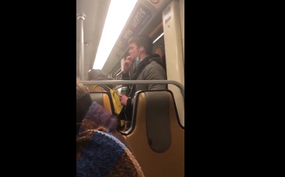 "شخص يحاول نشر ""كورونا"" داخل قطار 1"
