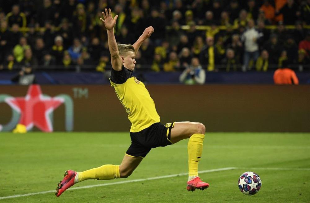 ضربة مزدوجة.. كورونا يصيب دوري أبطال أوروبا والدوري الفرنسي 1