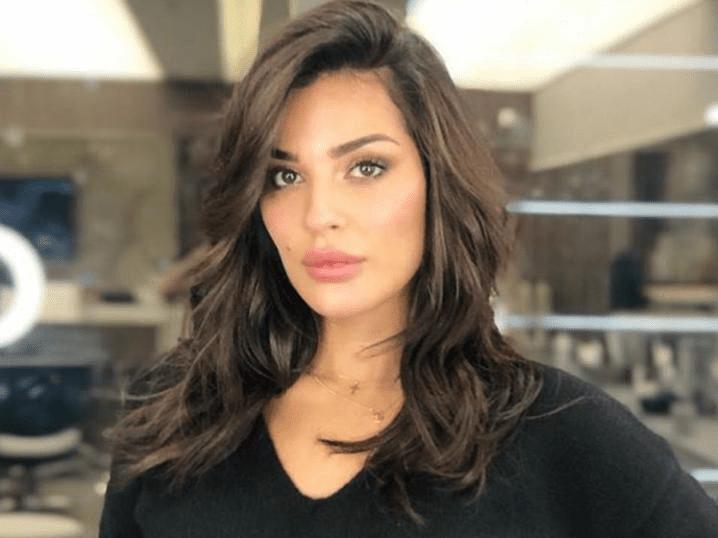 شاهد :اللبنانية نادين نجيم تثير غضبا واسعا بفيديو خادش 1