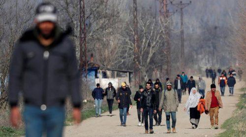 القرار المنتظر بشأن اللاجئين تصدره اليونان أخيراً
