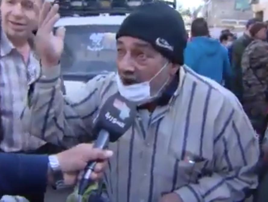 بالفيديو..مسن دمشقي يفضح نظام الأسد على التلفزيون الرسمي للنظام 1