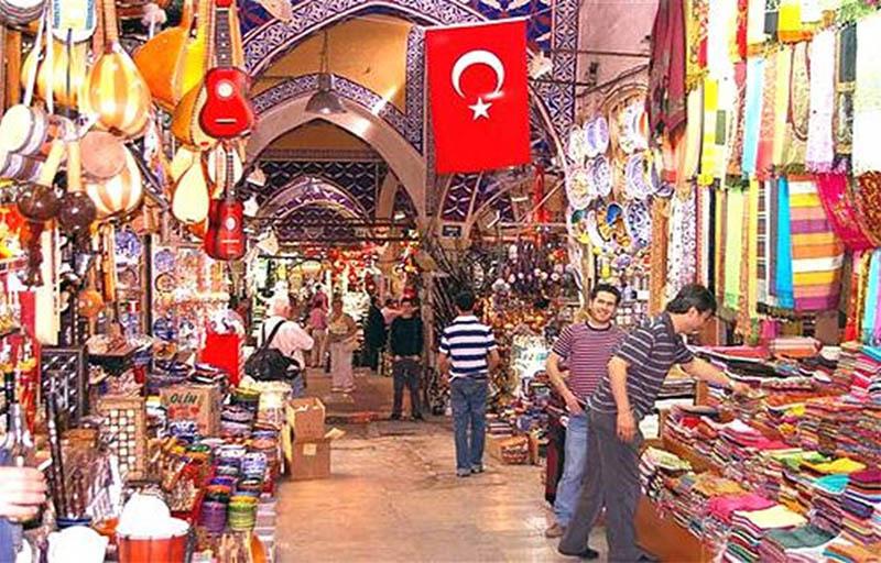 وزارة التجارة التركية تراقب الأسواق وتحدد مخالفات لهذه الفئات