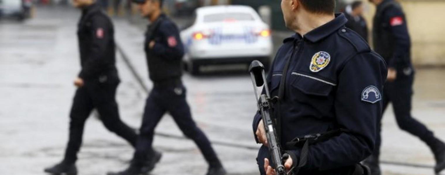 صورة شرطة أضنة تعتقل لاجئاً سورياً لهذا السبب