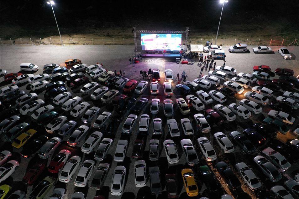 حضور السينما بالسيارت في تركيا 1