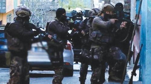 Photo of بعد مطاردة 9سنوات.. أخطر مطلوب في قبضة الأمن التركي
