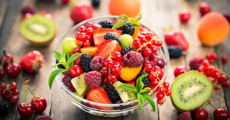 احذروا شرب المياه بعد تناول الفاكهة لهذا السبب 1