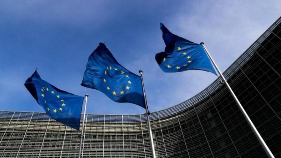 Photo of حزمة مساعدات جديده من الأتحاد الأوروبي لدعم السوريين .. وهذه قيمتها
