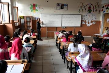 تصريحات جديدة لوزارة التربية التركية بشأن التعليم التعويضي..