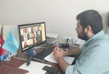 Photo of طلاب أتراك في إحدى المدراس الثانوية يجرون مناظرة افتراضية باللغة العربية في ولاية ماردين
