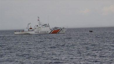Photo of من بينهم سوريين ..خفر السواحل التركي ينقذ 45 طالب لجوء في سواحل إزمير