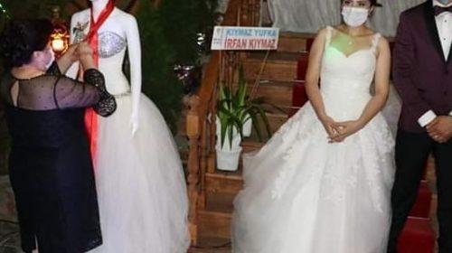 صالة أفراح تركية تعمل على هذه الخطوة لتحقيق التباعد الإجتماعي في حفل زفاف
