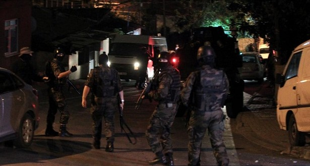 هجوم مسلح على مسجد بأزمير والشرطة تفتح تحقيقا موسعا 12