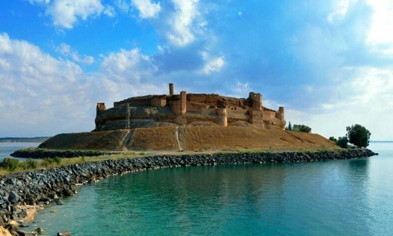 تحذيرات من انهيار قلعة تاريخية شهيرة في سوريا 1