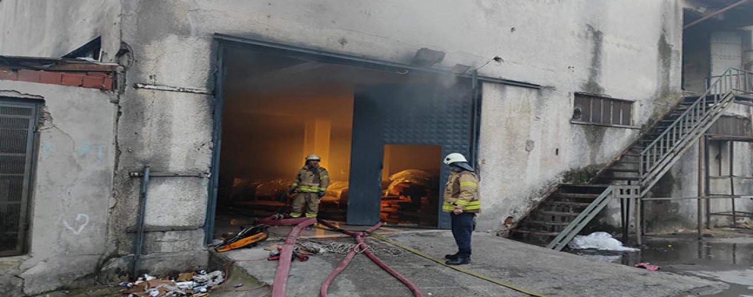 حريق في ورشة للأثاث في منطقة اسنيورت 9