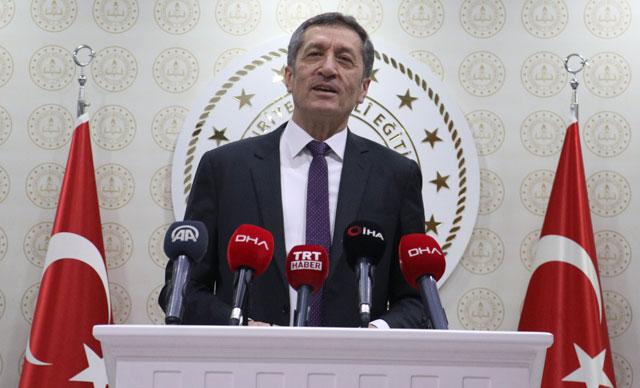 وزير التربية التركي يصرح حول افتتاح المدارس بشكل كامل 15