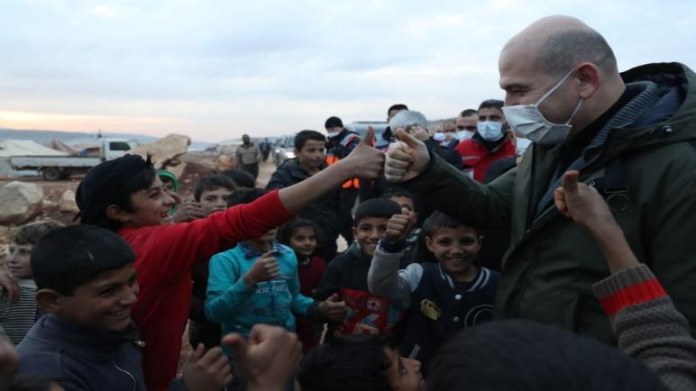 وزير الداخلية التركي يتفقد منطقة إدلب السورية (صور) 15