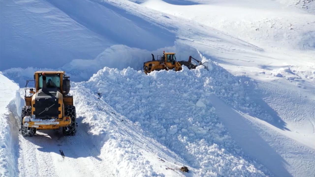 ولاية تركية يصل فيها سمك الثلج 8 أمتار 1