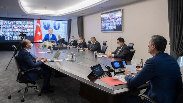 وزير التربية التركي يدلي بيان حول توزيع الأجهزة اللوحية و يكشف عن برامج تعويضية بعد العطلة 1