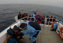44 لاجئاً تدفعهم اليونان للمياه التركية و تفجر قواربهم 4