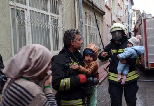 اندلاع حريق في منزل عائلة سورية يوجد فيه ست أطفال في ولاية قونية (صور) 3
