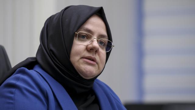 وزيرة الأسرة و العمل تصرح بتنفيذ لوائح قانونية جديدة من أجل عمل المرأة 1