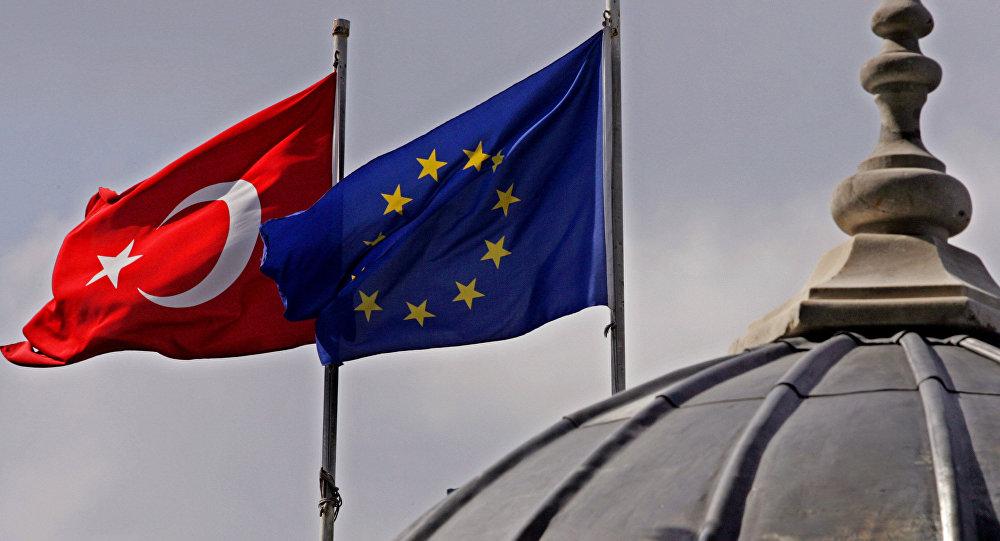 زيارة حاسمة يوم الاثنين من مسؤولي الاتحاد الأوروبي لتركيا.. ومواضيع ساخنة على الطاولة 17