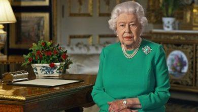 هل تتنازل الملكة إليزابيث عن عرش بريطانيا بعد أن فقدت زوجها الأمير فيليب؟ 14