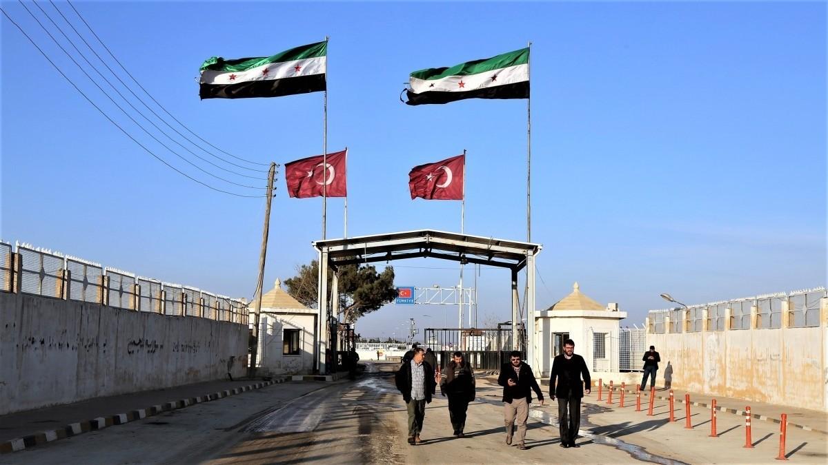 """بيان يصدره معبر """"باب الهوى"""" بشأن حركة المسافرين من وإلى تركيا 1"""