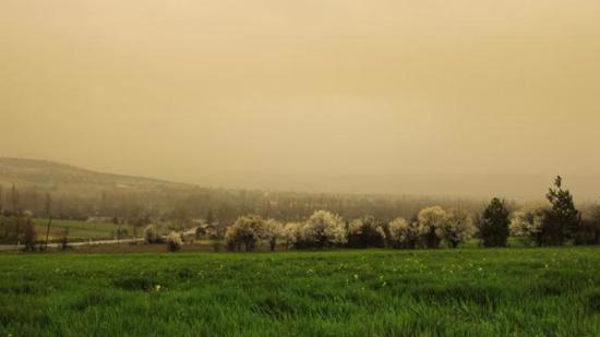 7 مدن تركية تقع تحت تأثير عاصفة ترابية مصدرها شمال أفريقيا 1