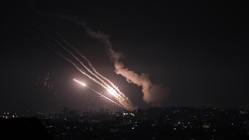 إطلاق نحو 150 صاروخا من غزة تجاه إسرائيل مساء الإثنين 1