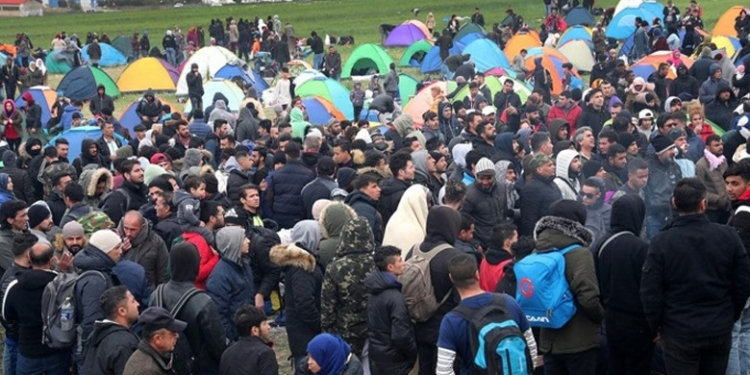 يشمل السوريين .. قرار جـديد يحطــم أحلام اللاجئين بالوصول إلى أوروبا 1